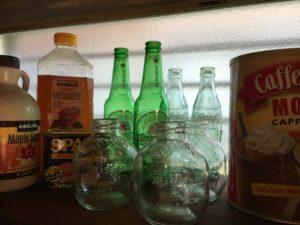 コストコ マルティネリ アップルジュース、空き瓶の画像